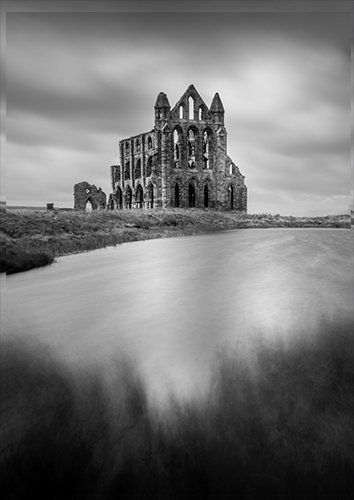Whitby abbey bw, Black colour - From £17.50 | Metal Plate Pictures