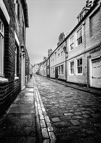 Whitby cobbles UK, Black colour - From £17.50 | Metal Plate Pictures