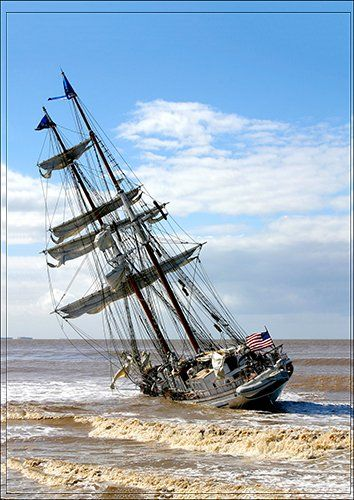 Ship run aground, Black colour - From £17.50   Metal Plate Pictures