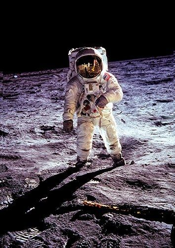 Apollo astronaut landing, Black colour - From £17.50 | Metal Plate Pictures