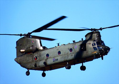 Raf chinook in flight aero, Black colour - From £17.50 | Metal Plate Pictures