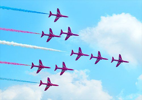 Red arrows flight formation aero, Black colour - From £17.50 | Metal Plate Pictures