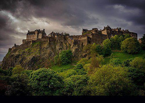 Edinburgh Castle, Black colour - From £17.50 | Metal Plate Pictures
