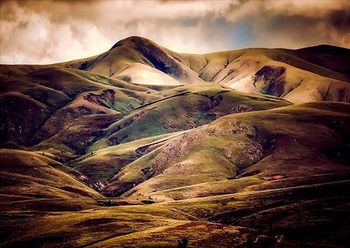 Mountains Iceland, Black colour - From £17.50 | Metal Plate Pictures