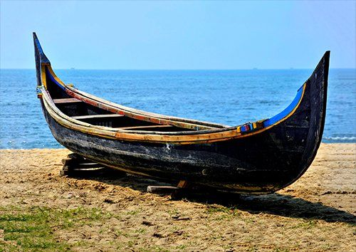 Wooden Handmade Traditiona Indian Boat, Black colour - From £17.50 | Metal Plate Pictures