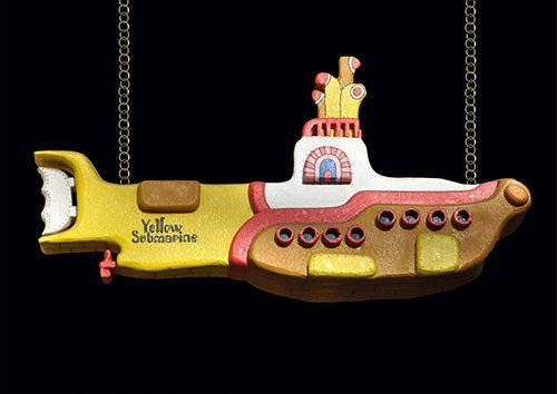 Yellow submarine beatles, Black colour - From £17.50 | Metal Plate Pictures