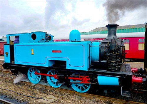 Thomas the tank engine steam train, Black colour - From £17.50 | Metal Plate Pictures